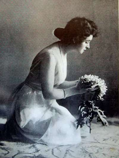 Billie Carleton's death in 1918 sparked a moral panic centred on her use of cocaine and opium, and perhaps more importantly at the time - her independent lifestyle, which brought her into contact with people from different ethnic backgrounds.